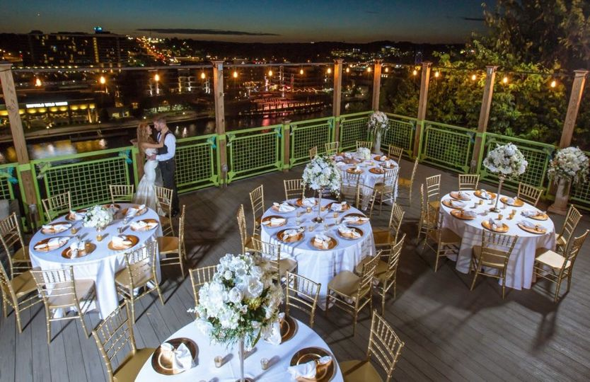 sky deck branson wedding venue 1024x663
