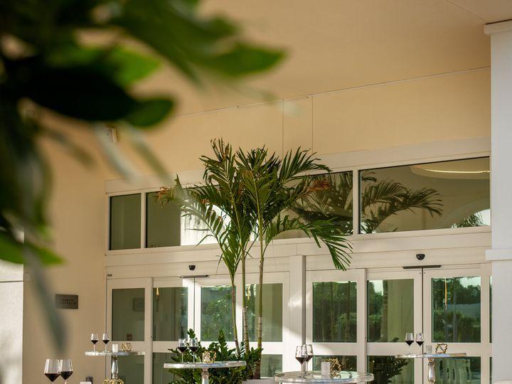 Tmx Karol Hotel Porte Cochere Two Reception 51 1884919 161245341879222 Clearwater, FL wedding venue