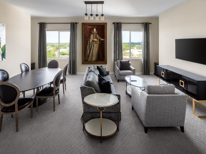 Tmx Karol Hotel Presidential Suite Living Room 51 1884919 161245366921208 Clearwater, FL wedding venue
