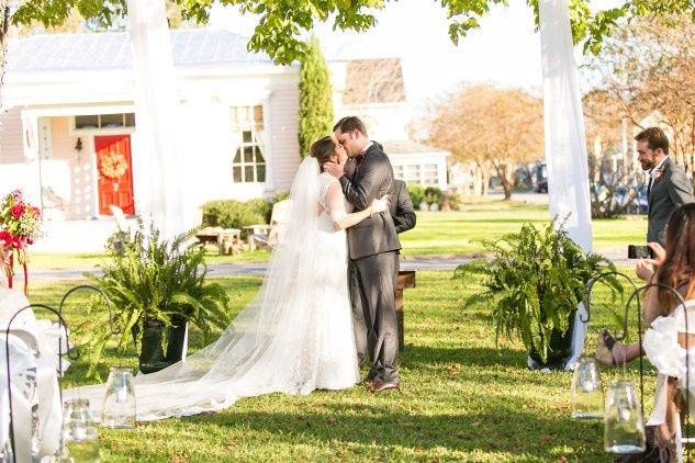 Tmx Carly Charlie Wedding Blog Edenton North Carolina Inner Banks Inn 43 51 746919 159447471893694 Edenton, NC wedding venue