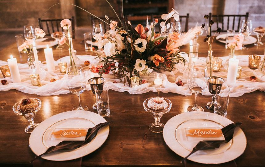 Table setting and place cards