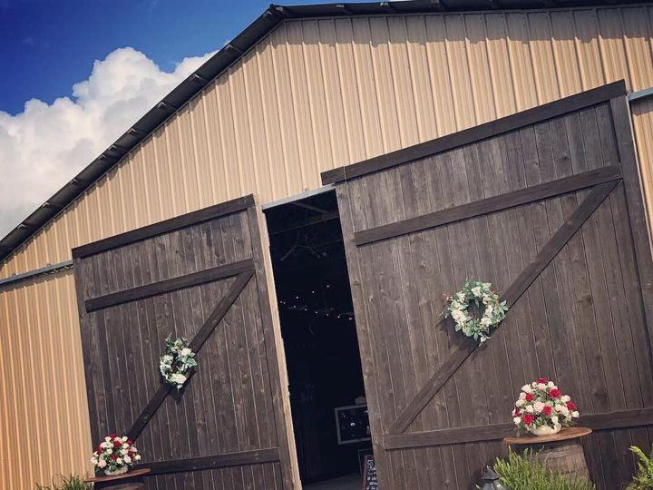 Tmx Barn20 51 788919 V1 Bushnell, FL wedding venue