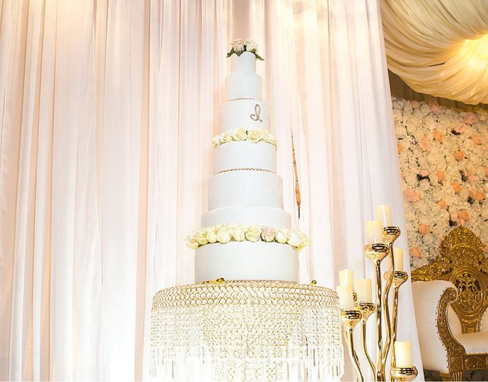 6-Tier Fondant Wedding Cake
