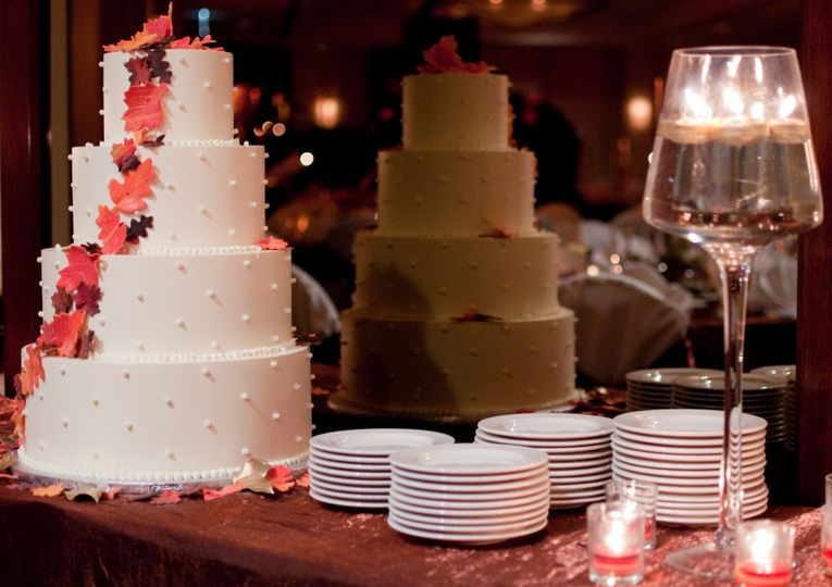Wedding Cake at Reception in Barringer Ballroom at DoubleTree Suites by Hilton Charlotte SouthPark