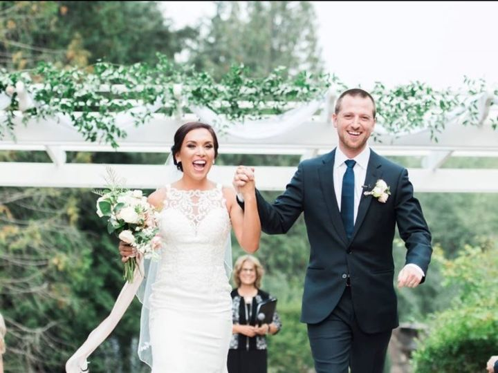 Tmx 1521230174 86b0ed3e27a445d8 1521230173 C9efb92305de12be 1521230169034 2 2 Tacoma, Washington wedding officiant