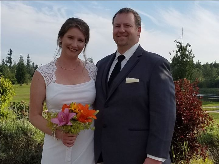 Tmx 1521230175 23ba748e120962ad 1521230173 A6d2355125b12d9d 1521230169048 8 8 Tacoma, Washington wedding officiant