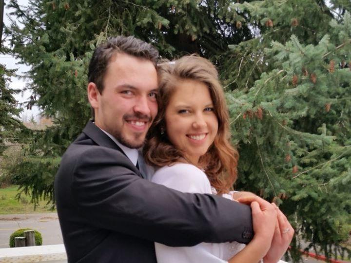 Tmx 1521230175 E404936fb24595cf 1521230173 26551c41c8e4d4f6 1521230169046 7 7 Tacoma, Washington wedding officiant