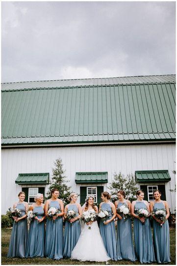 Bride and bridesmaids | Sarah Mosher Photography