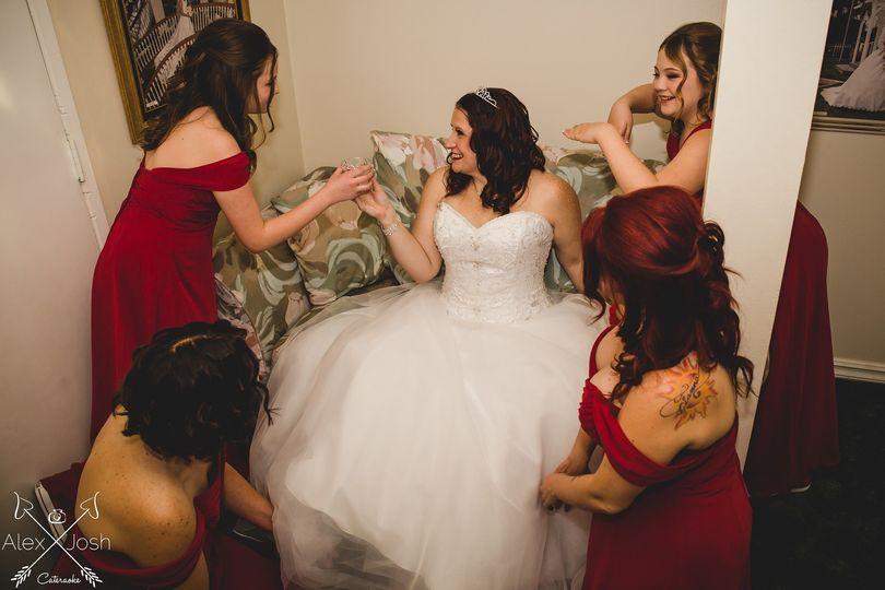 Bride and Bridesmaids Photo by Los Angeles Wedding Photographer Alex Diaz and Josh Ponder