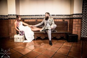 Cateraoke Weddings + Events