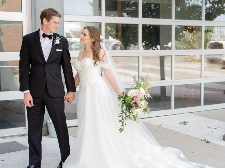 Tmx Dsc 2083 51 1945129 158273591511595 Lees Summit, MO wedding photography