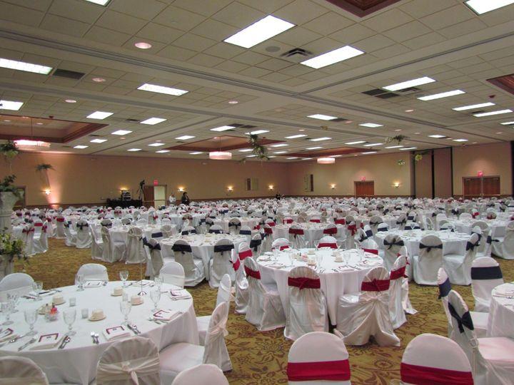White table cloths