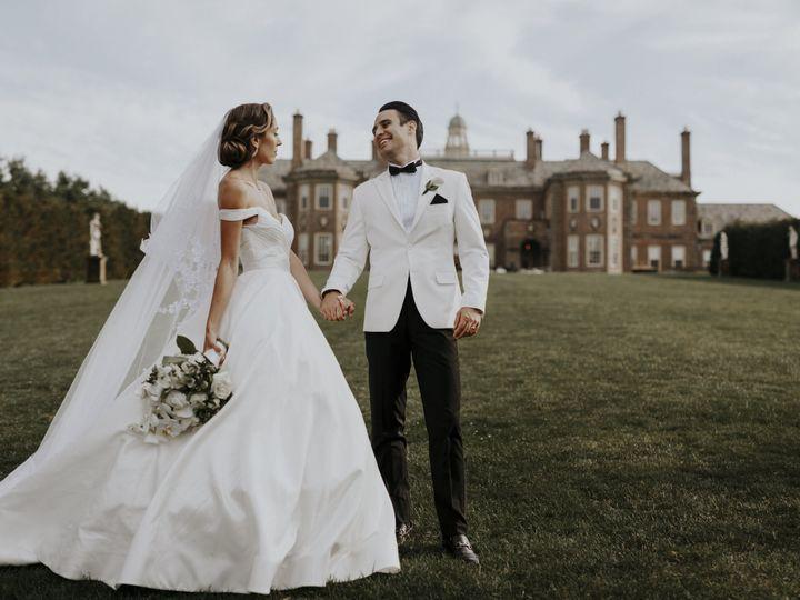 Tmx 1516132486 B019a5308b8e3599 1516132482 0dacf6dd9d14fffd 1516132465805 4 CraneEstate179 Winthrop, MA wedding photography