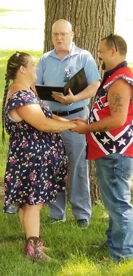 Casual Lakeside Wedding 2020