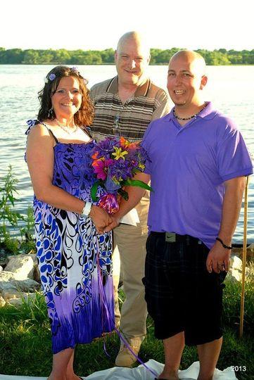 A little lakeside wedding