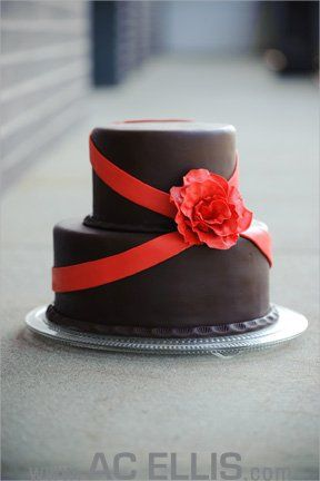 Chocolate fondant with red flower