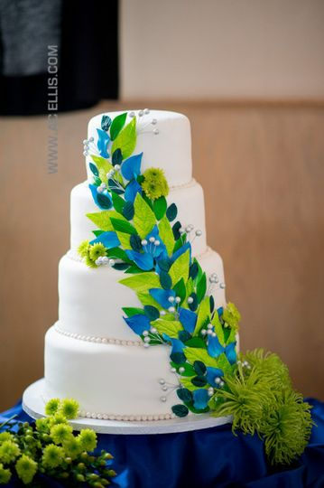 Wedding cake with blue and green design