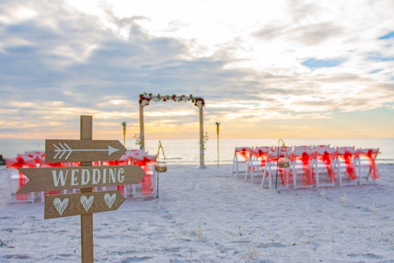 Wedding thi way!