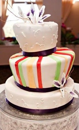 modern wedding cak
