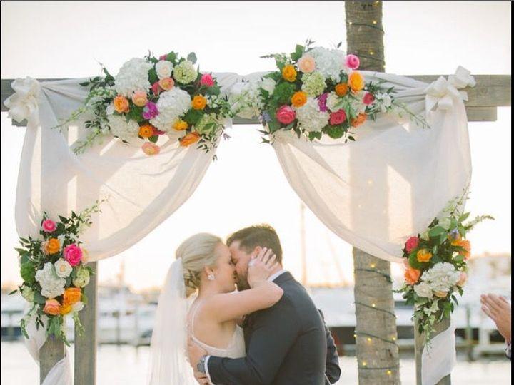 Tmx 1515946428 C554ca634f8a2ff6 1515946426 Defe7feaf156deab 1515946423107 21 FullSizeRender  8 Naples, FL wedding florist