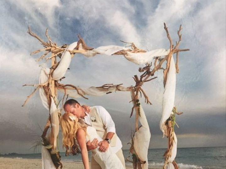 Tmx 1523105473 919197d1d0a9abdb 1523105473 F66a508ae83d9a16 1523105473255 39 IMG 8306 Naples, FL wedding florist