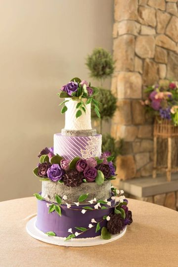 Purple & piping wedding cake