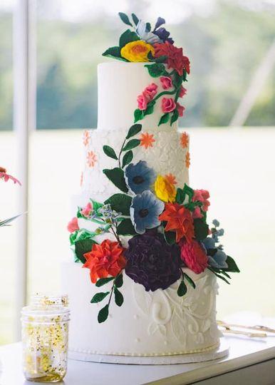 Wild sugar flower wedding cake