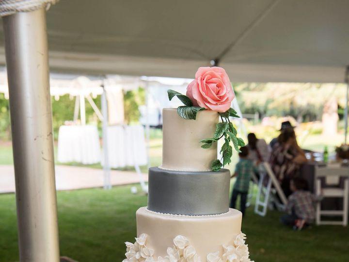 Tmx 1508885484921 21895123101548243541858681542007210o New London, NH wedding cake