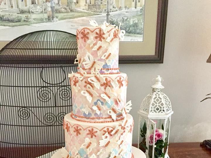 Tmx 36087700 10156430459209085 6156242445177716736 N 51 441329 V1 New London, NH wedding cake