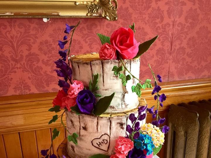 Tmx 40651739 10156598343699085 3005563133864443904 N 51 441329 New London, NH wedding cake