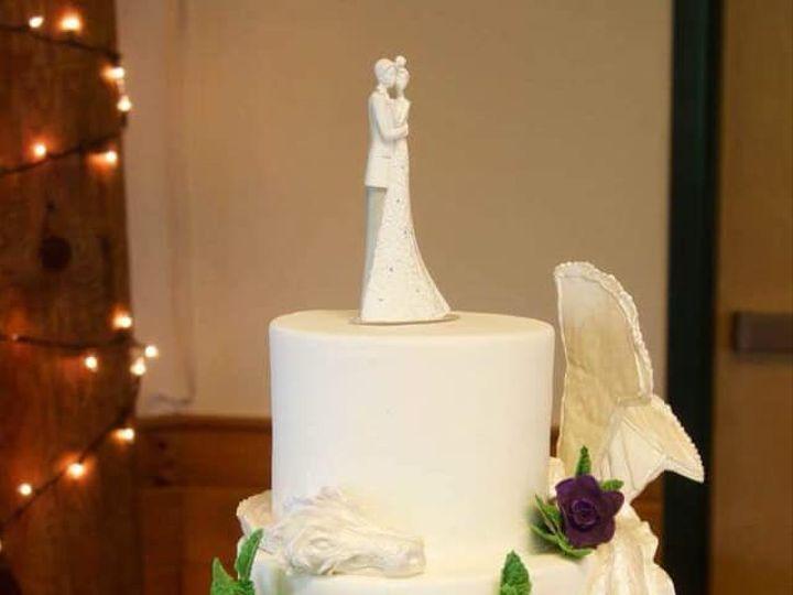 Tmx 42701976 10156656333259085 2100014002997297152 N 51 441329 New London, NH wedding cake