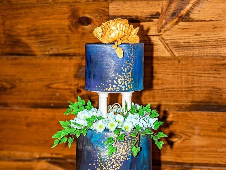 Tmx 65035813 10157399244354085 3435499440482287616 O 51 441329 157385608986035 New London, NH wedding cake