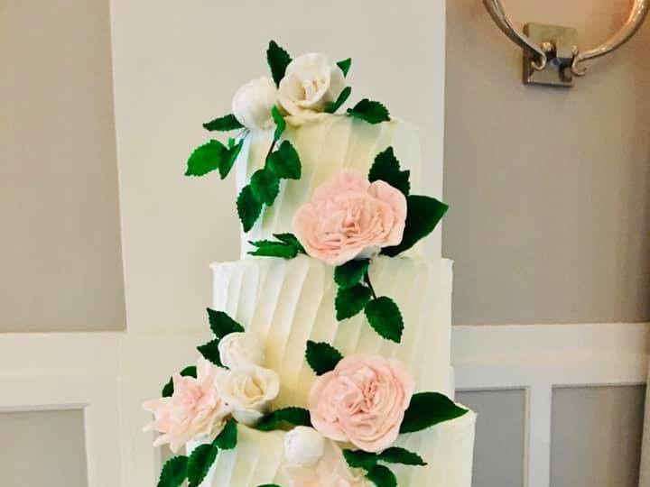 Tmx 71185038 10157540851214085 8839019420740222976 N 51 441329 157385608986364 New London, NH wedding cake
