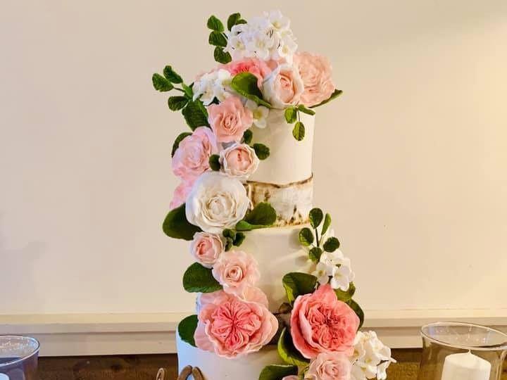 Tmx 74392866 10157713293174085 3171476887285268480 N 51 441329 157385609198395 New London, NH wedding cake