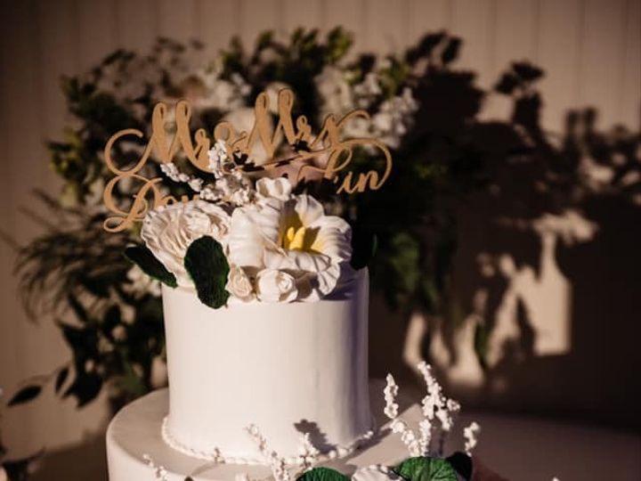 Tmx 75242276 10157726698959085 3968146307981246464 N 51 441329 157385609169932 New London, NH wedding cake