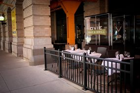 Ovie Bar & Grill