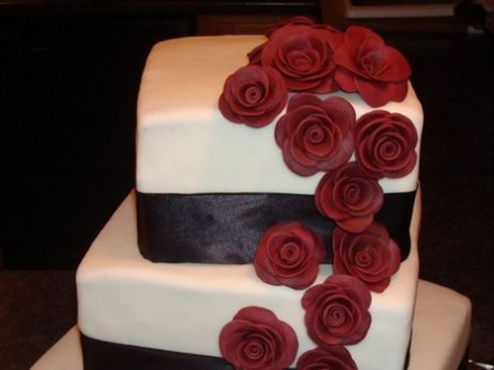 Tmx 1307467207637 893417682344420811547952420828703535777852n Haverhill wedding cake