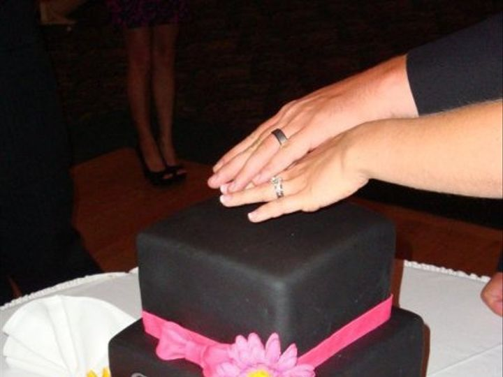 Tmx 1307467274712 3692742251706420811547952420845908984218266n Haverhill wedding cake