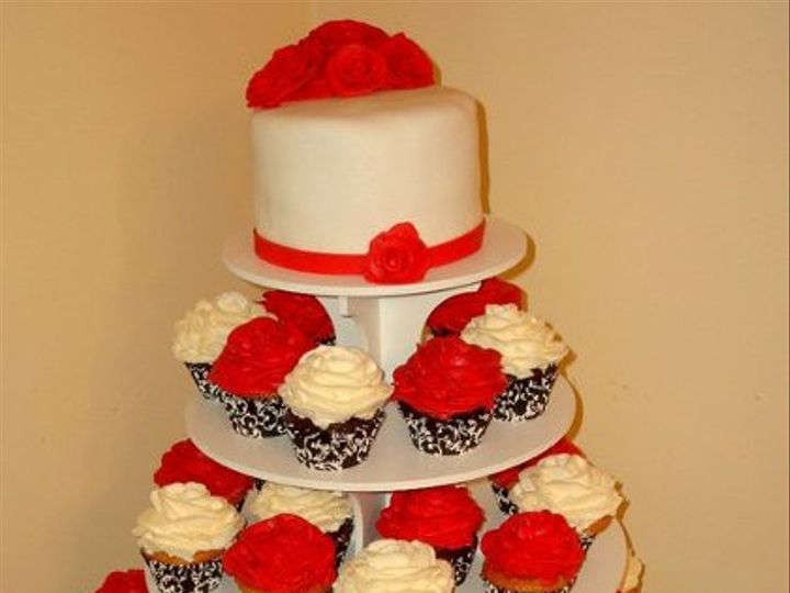Tmx 1307467528327 15466048442668420811547952420858350234598692n Haverhill wedding cake