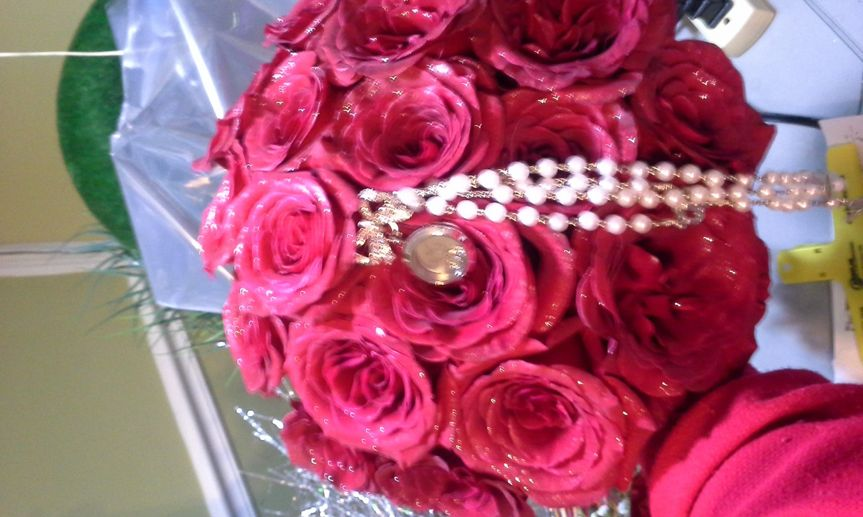 ROUND RED ROSE BOUQUET/ ROSARY TUCKED INSIDE