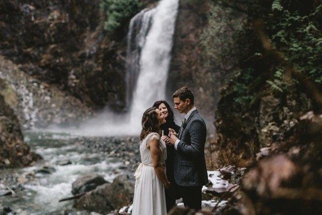 Wedding at the waterfalls