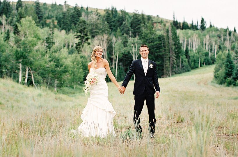 88309c370075ff8d Bride Groom Autumn Mountain Grasses
