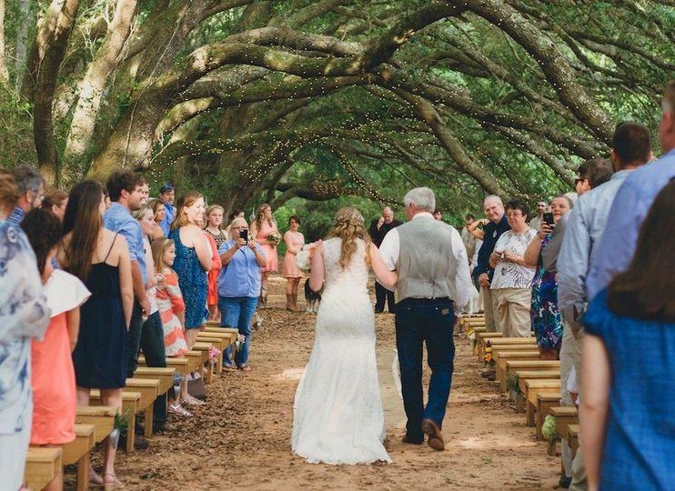 6fc66359dc9ea802 1467220528885 oak hollow farm weddings 0037