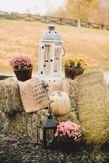 Fall wedding at the farm
