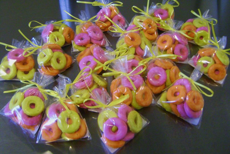 Italian Ring Cookies glazed Fuchsia, Orange and Yellow in 1 ounce bags