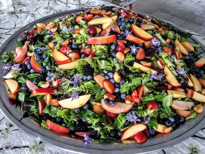 Salad plate with berries