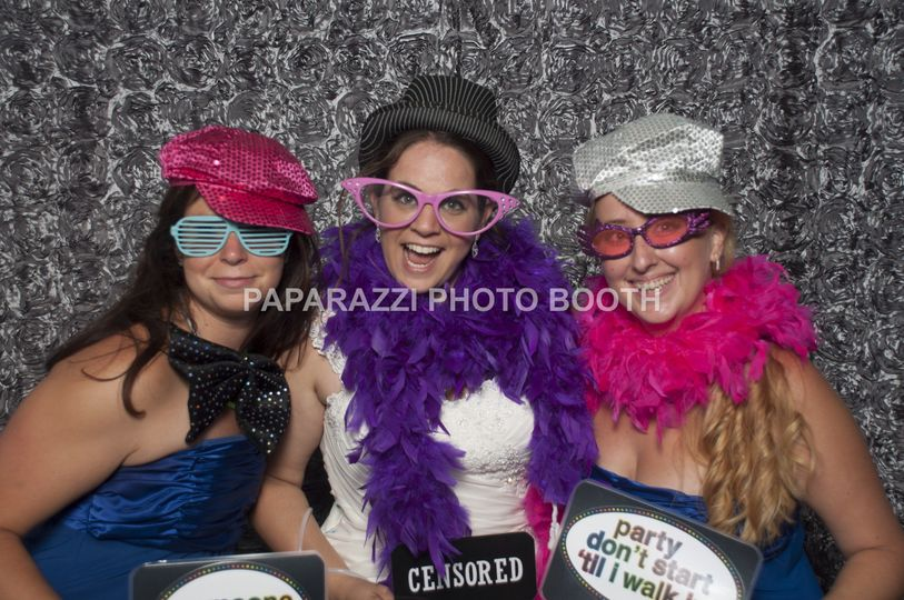 800x800 1424010362337 photo booth cabine montreal181
