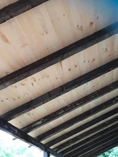 Old beams & pine ceiling