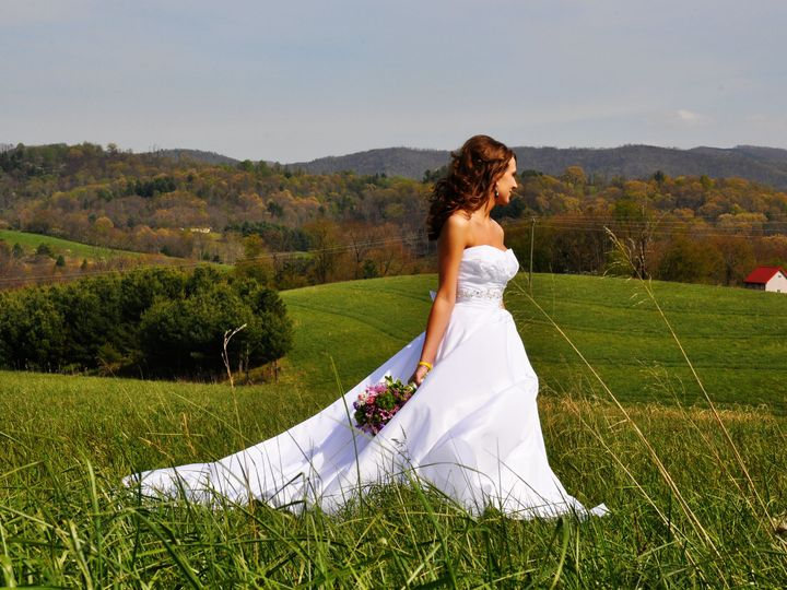 Tmx 1377061462185 Dsc0512 Copy Mount Airy, NC wedding photography