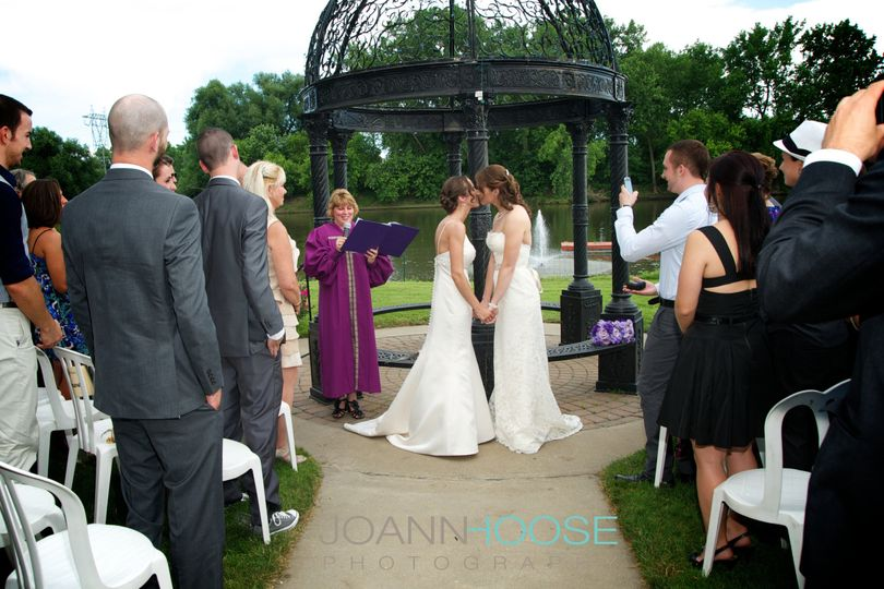 800x800 1429113938846 outdoor ceremony photo by joann hoose photography